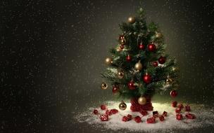 Fondo negro con arbol de navidad