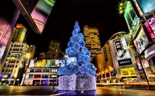Ciudades con arboles de navidad en calles