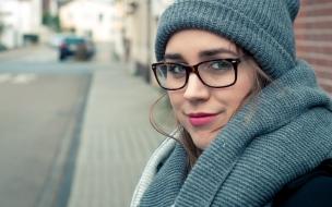 Hermosa mujer en invierno