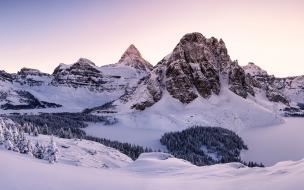 Paisajes y montañas blancas