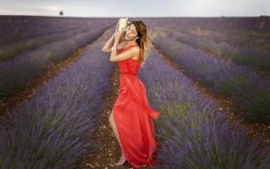 Chicas bellas y paisajes