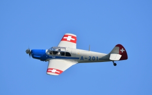 Avioneta BF-108 Taifun