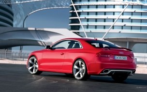 Audi R3 color rojo