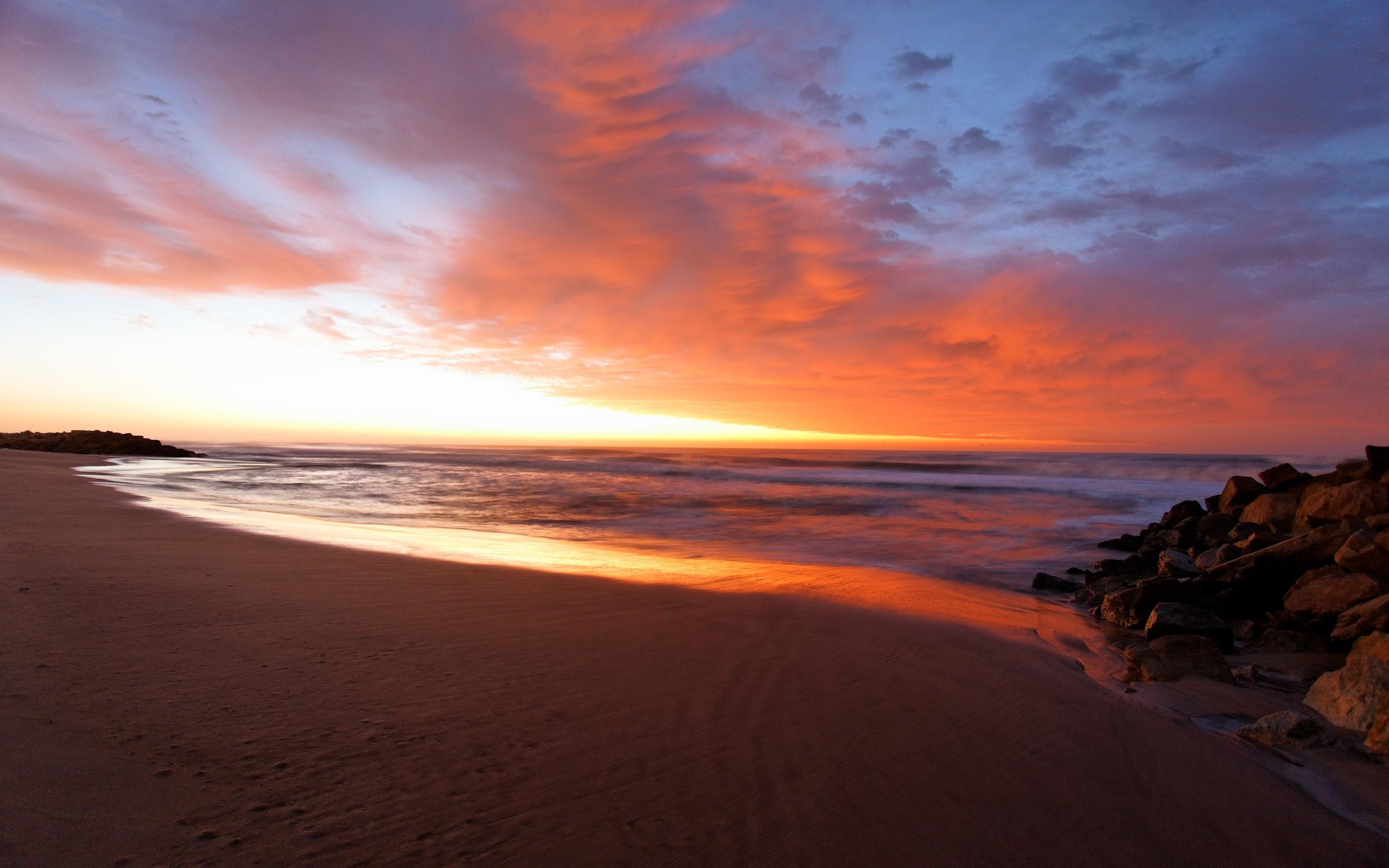Amanecer en la playa - 2560x1600