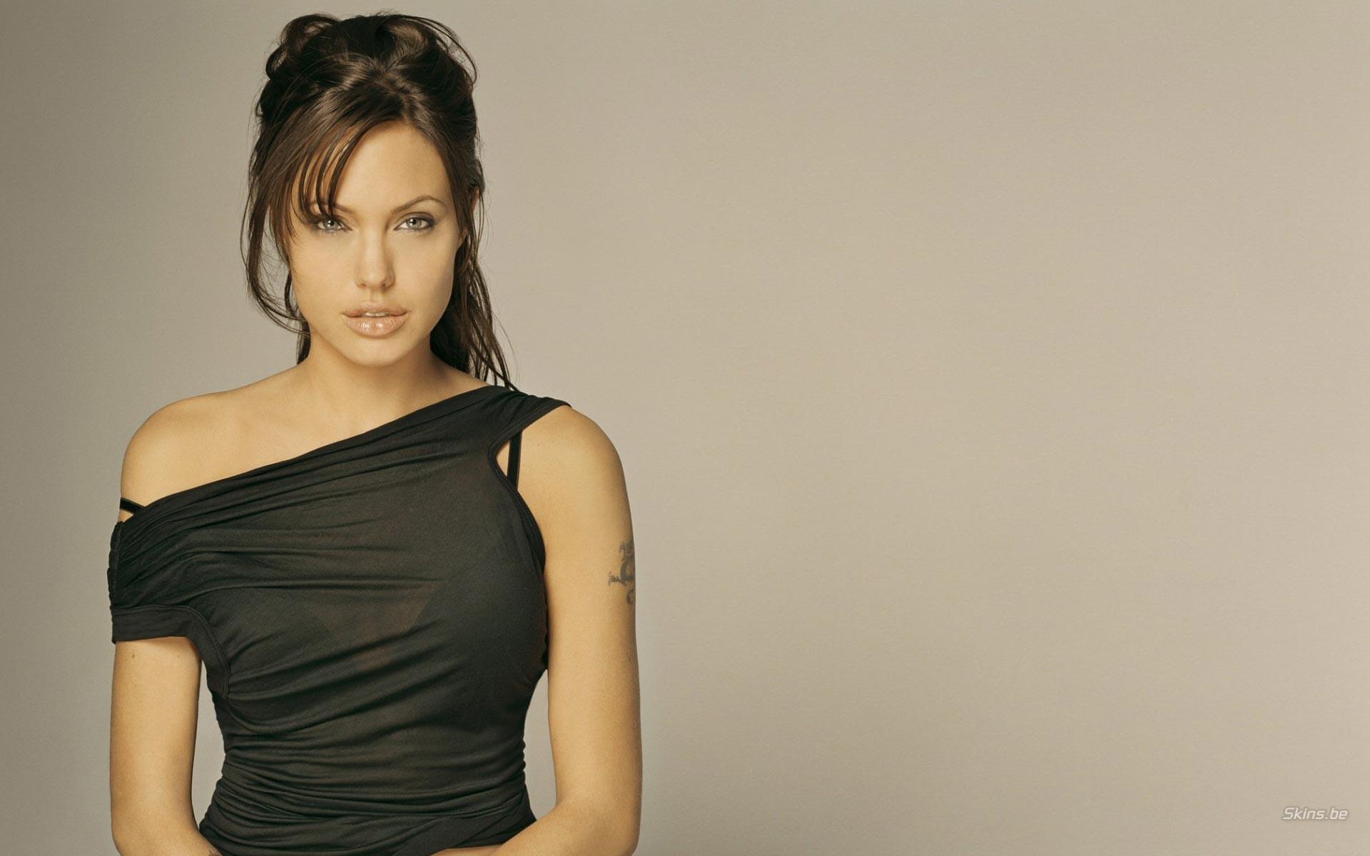 Angelina Jolie y cancer de mama - 1920x1200