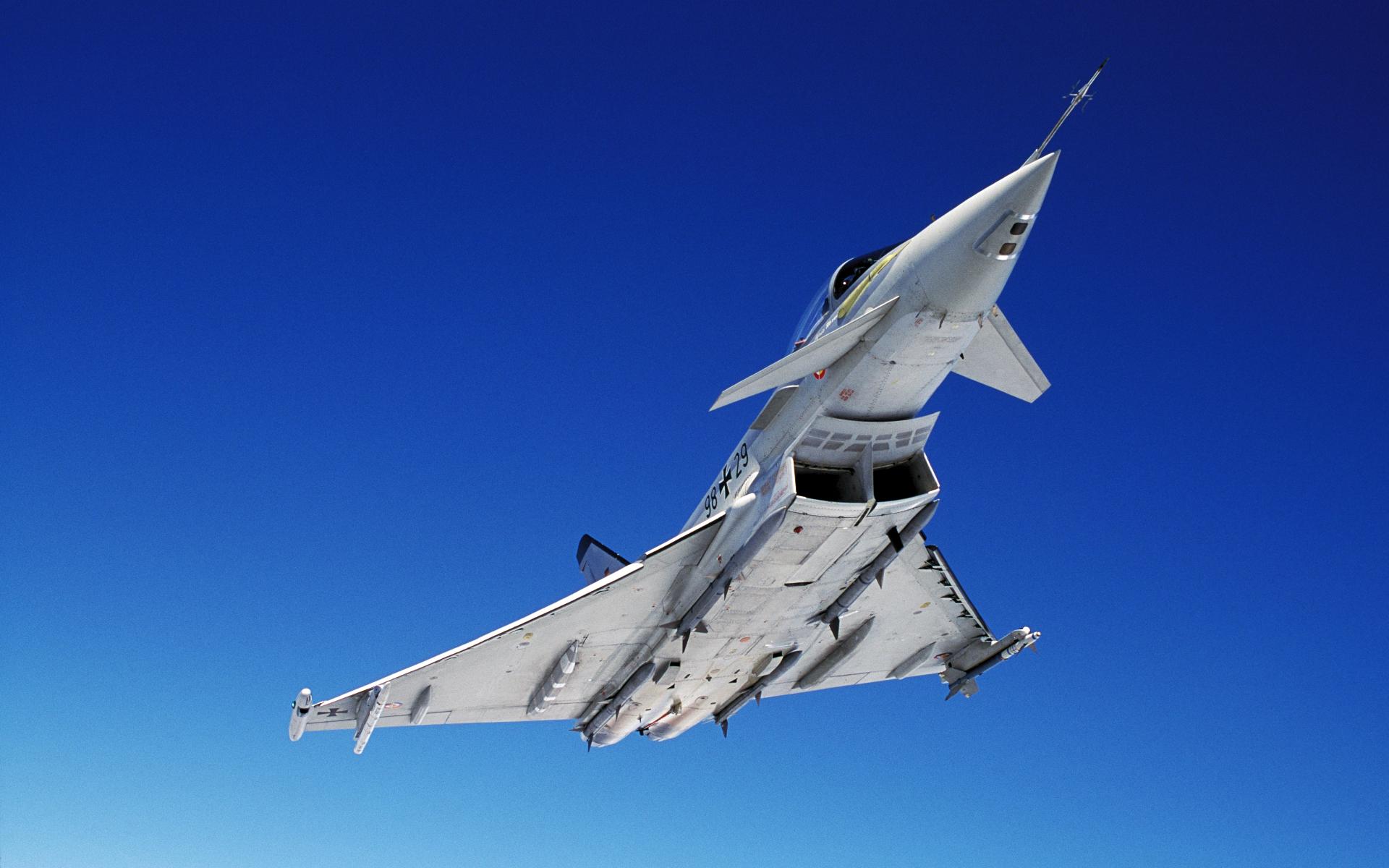 Avión Eurofighter - 1920x1200