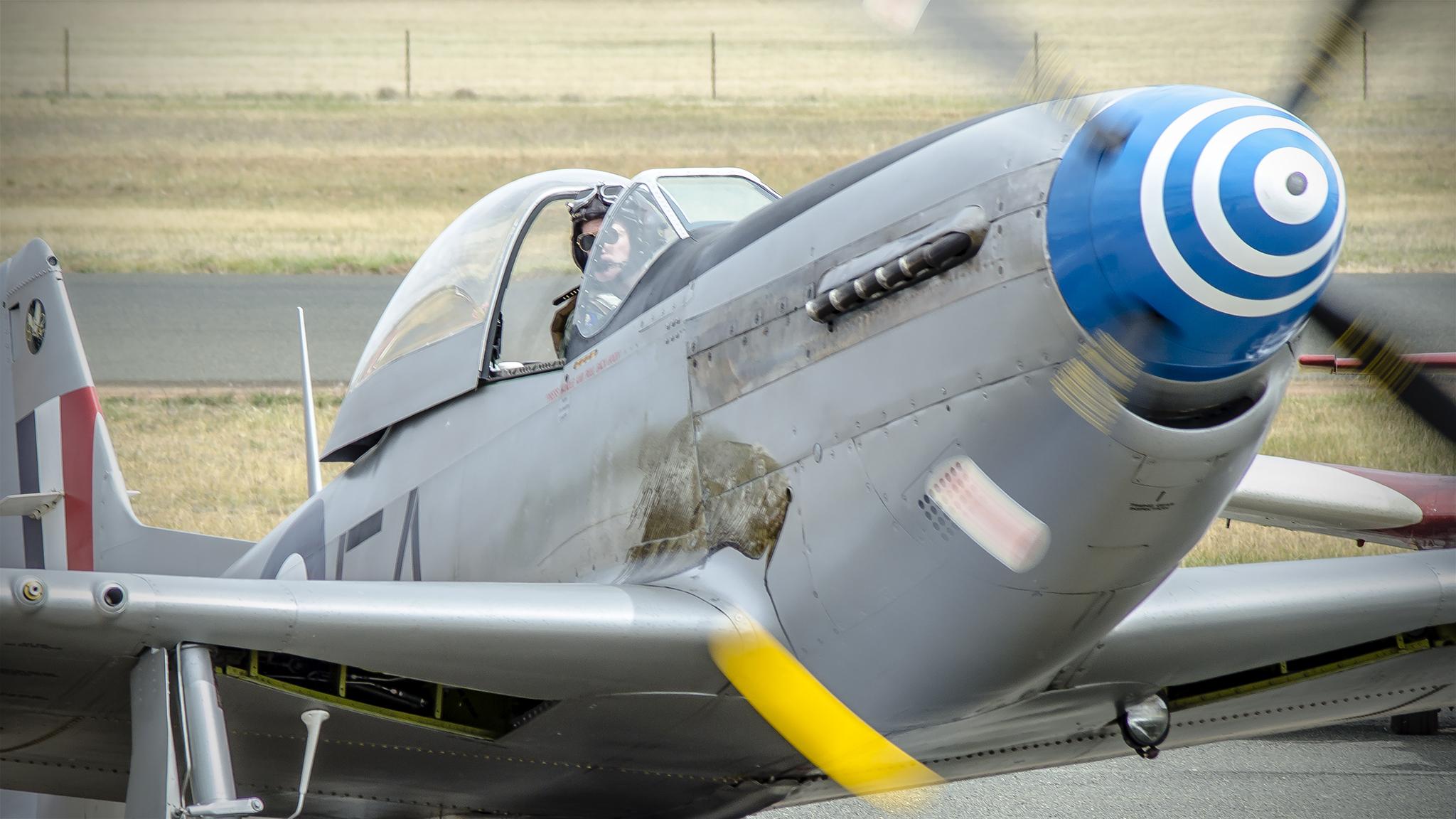 Avionetas  P-40N - 2048x1152