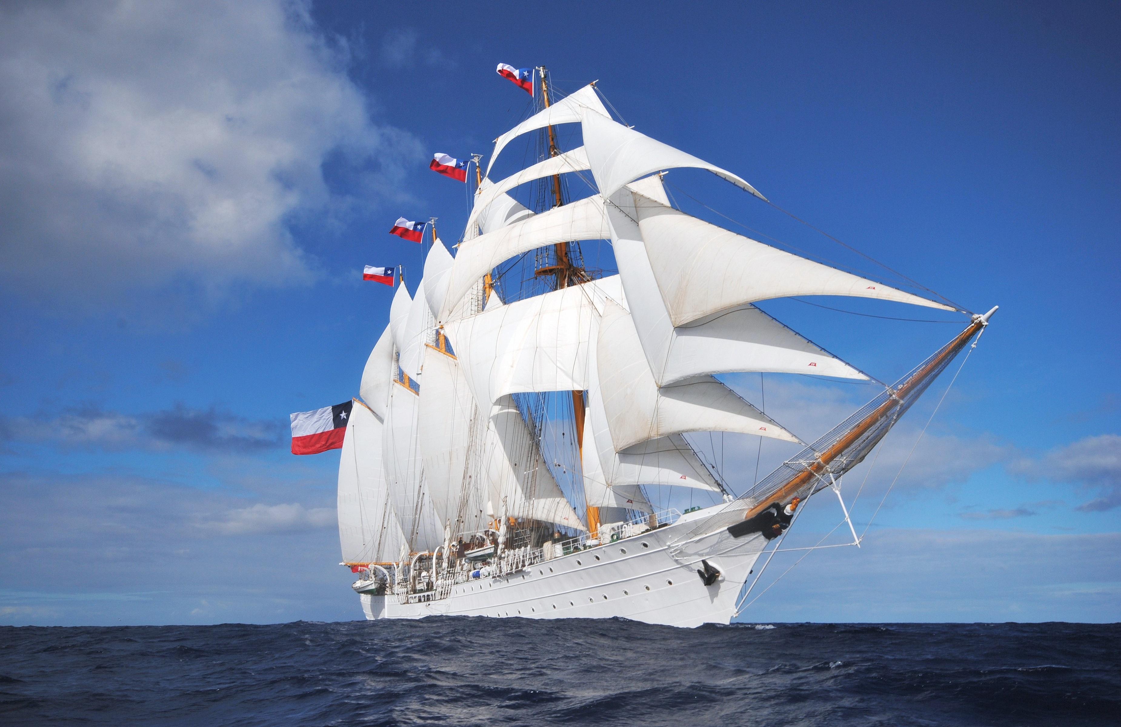 Barco chileno - 3700x2400