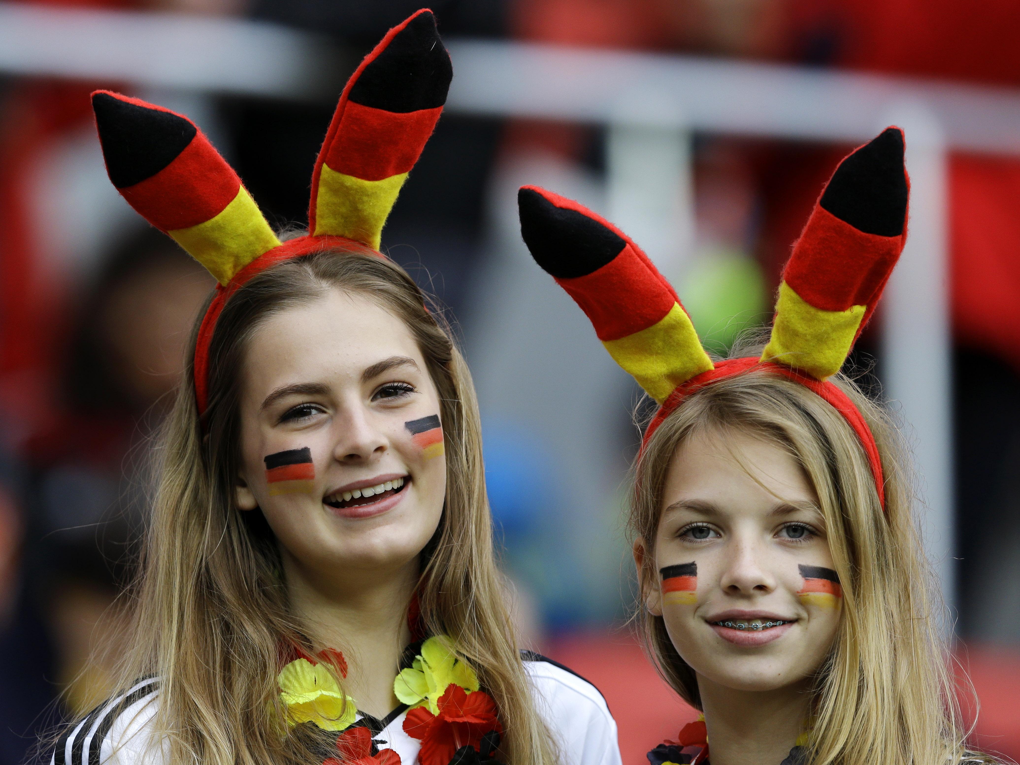 Bellas hinchas alemanas - 4142x3106