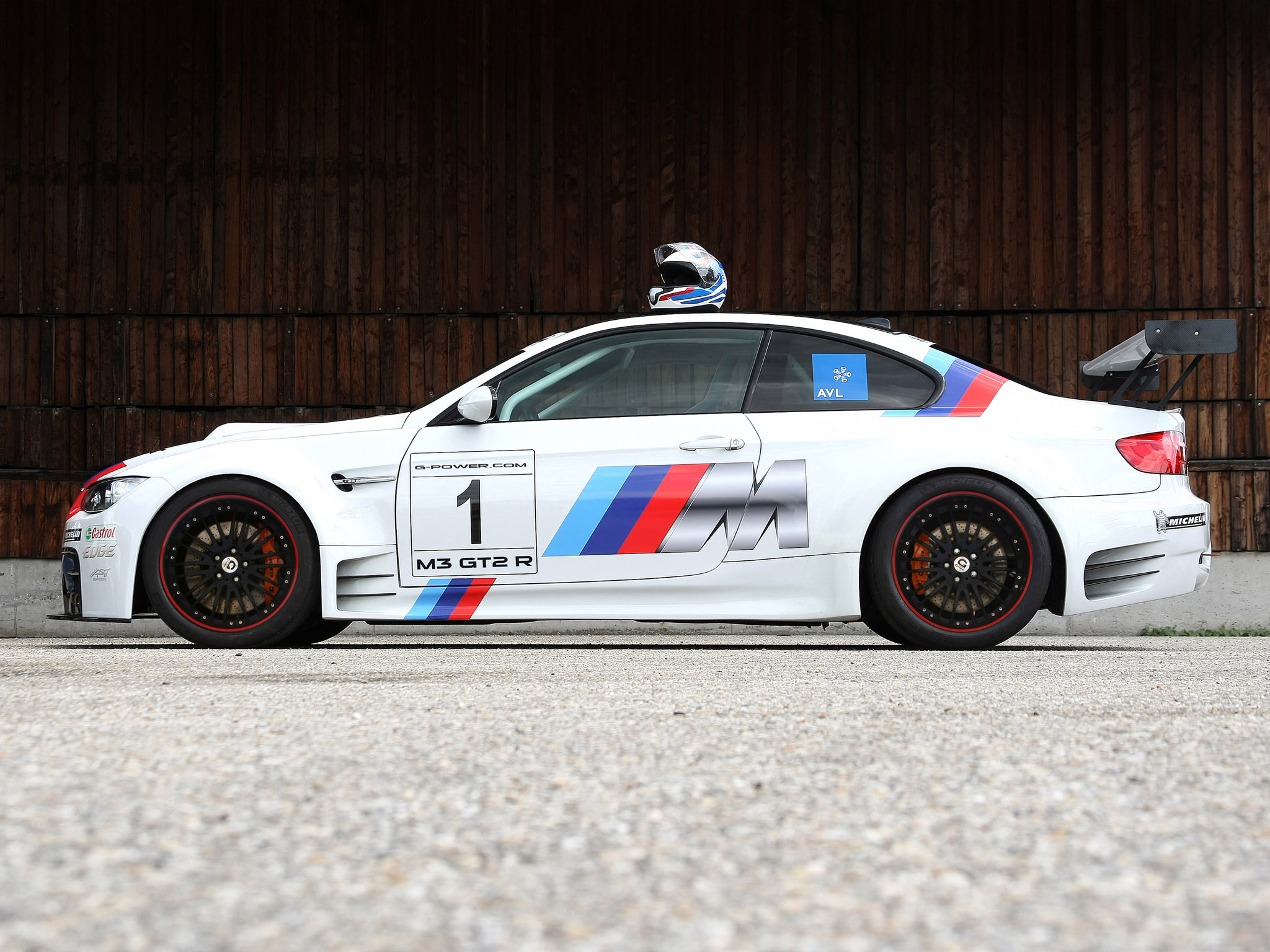BMW M3 GT2-R E92 - 2048x1536