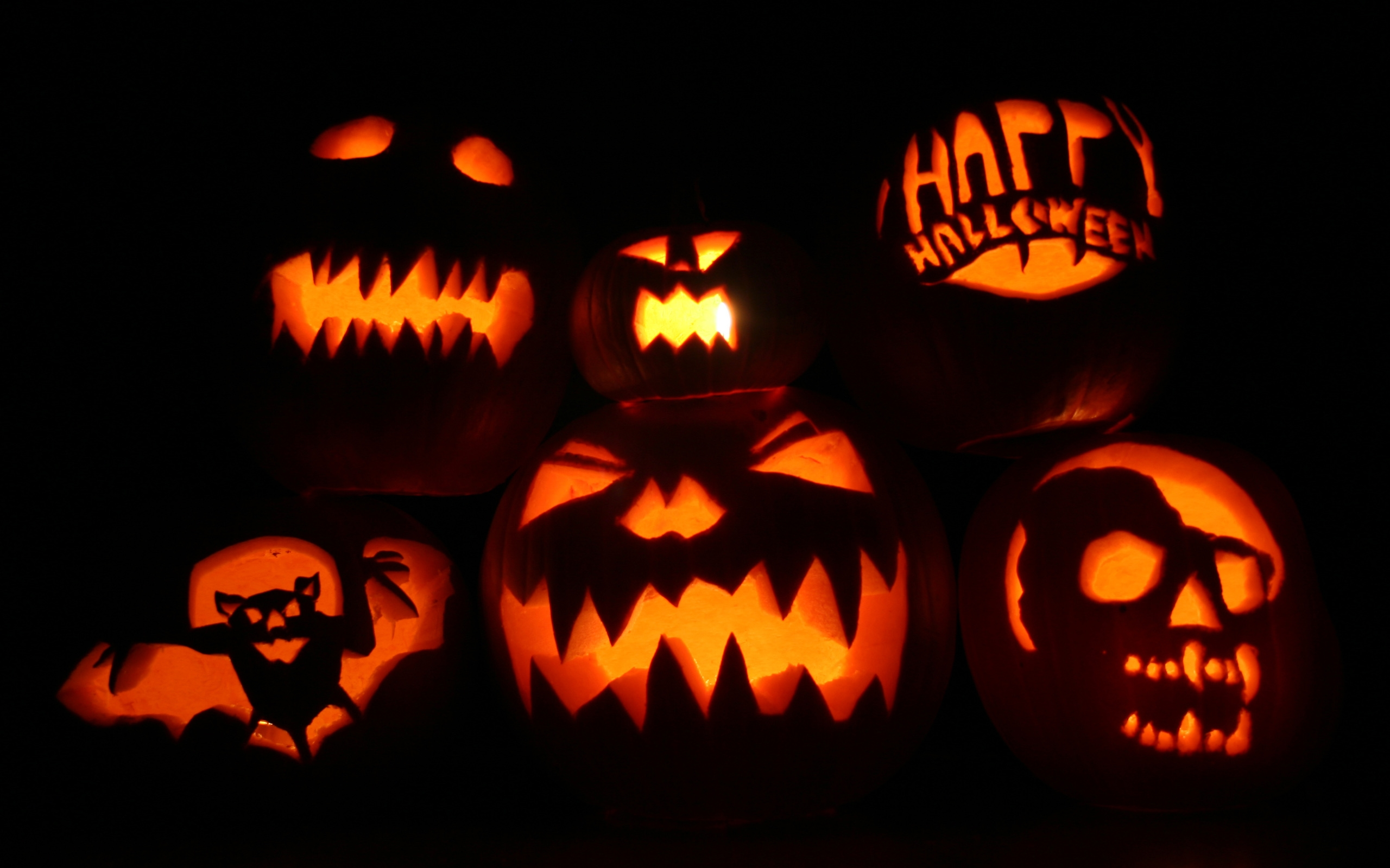Calabazas tenebrosas para halloween - 2560x1600