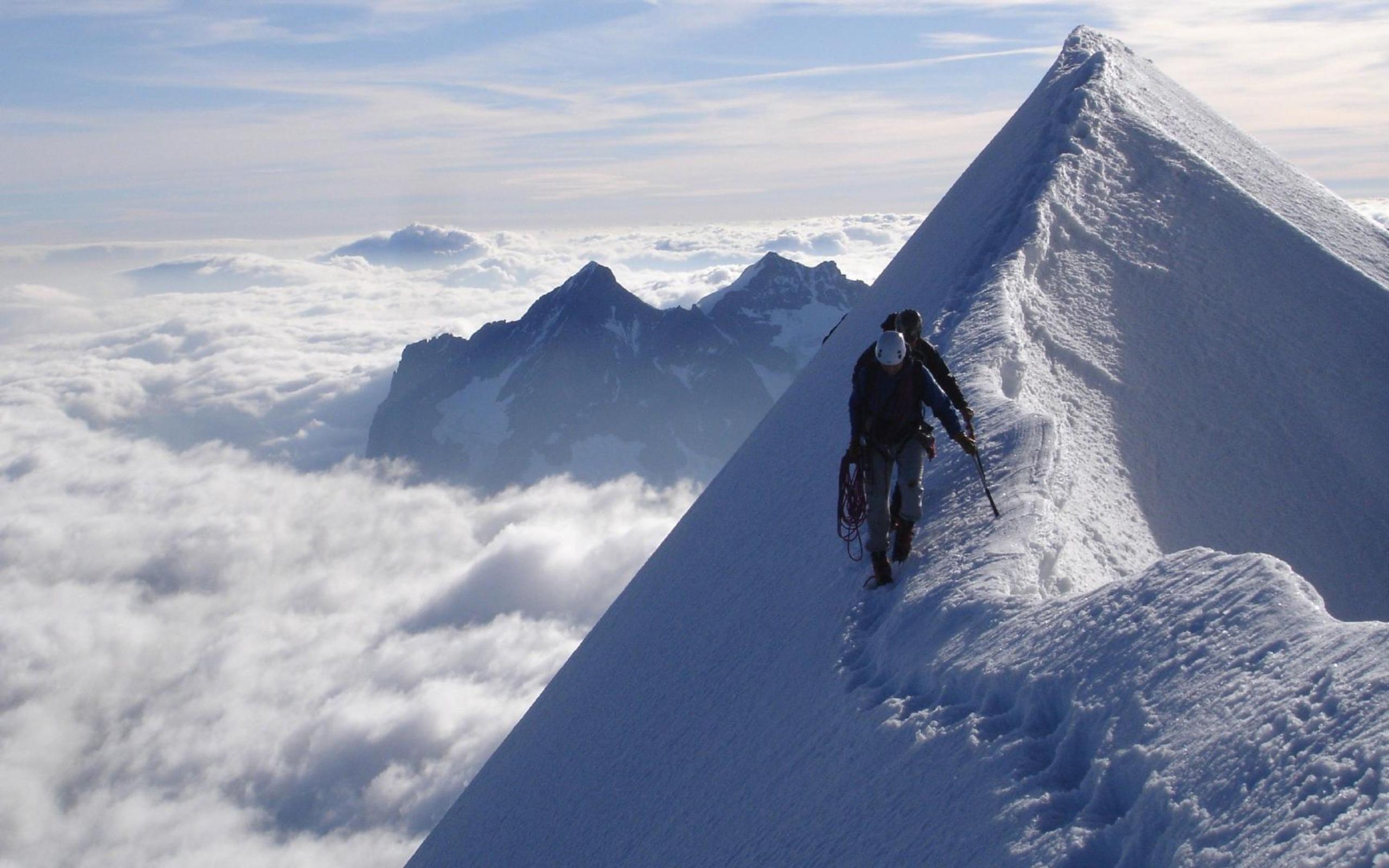 Caminando sobre glaciares - 2560x1600
