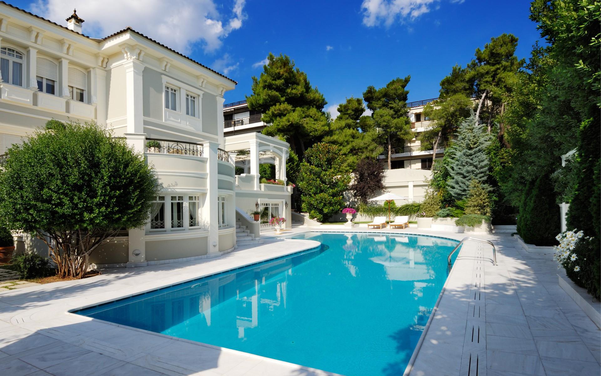 Casa con piscina - 1920x1200