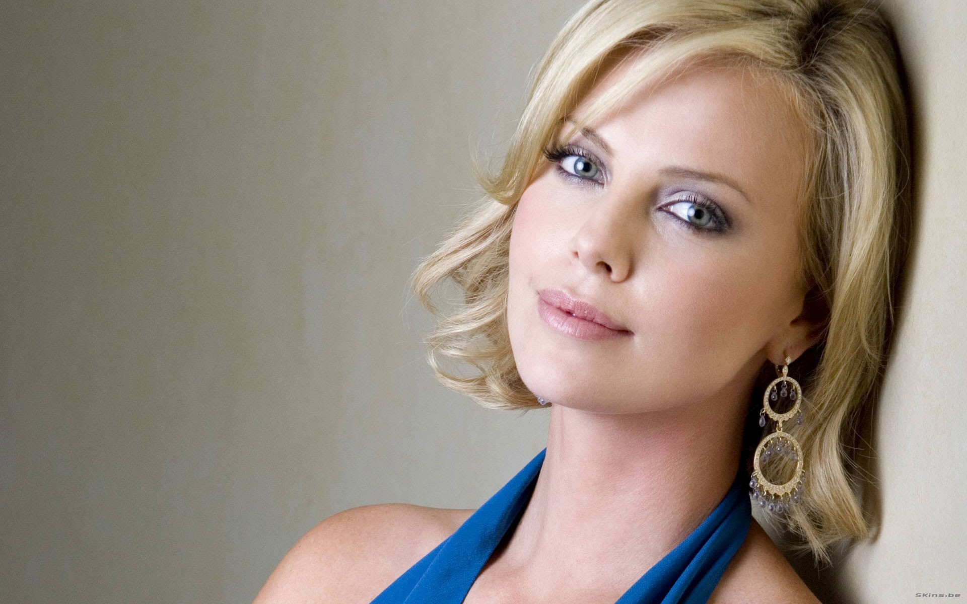 Charlize Theron - 1920x1200