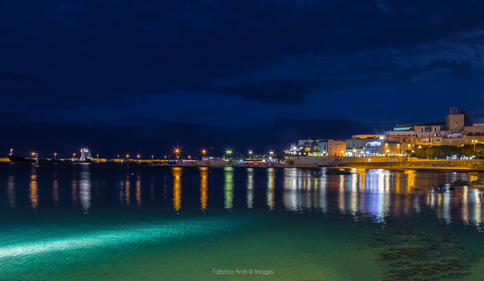 Ciudad de Otranto - 1890x1097