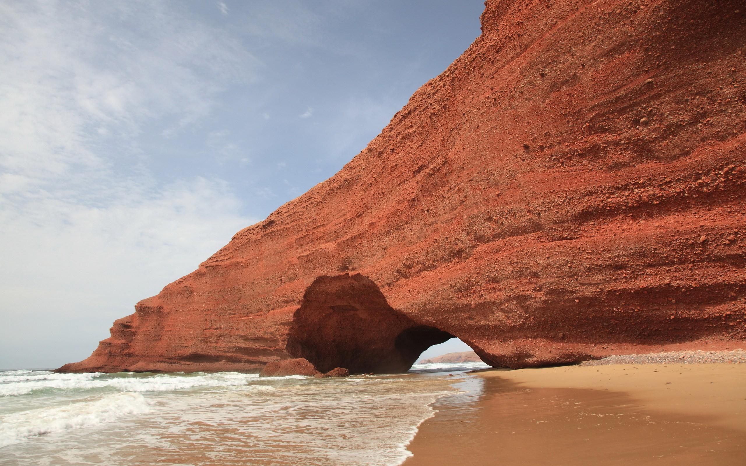 Cuevas en las playas - 2560x1600