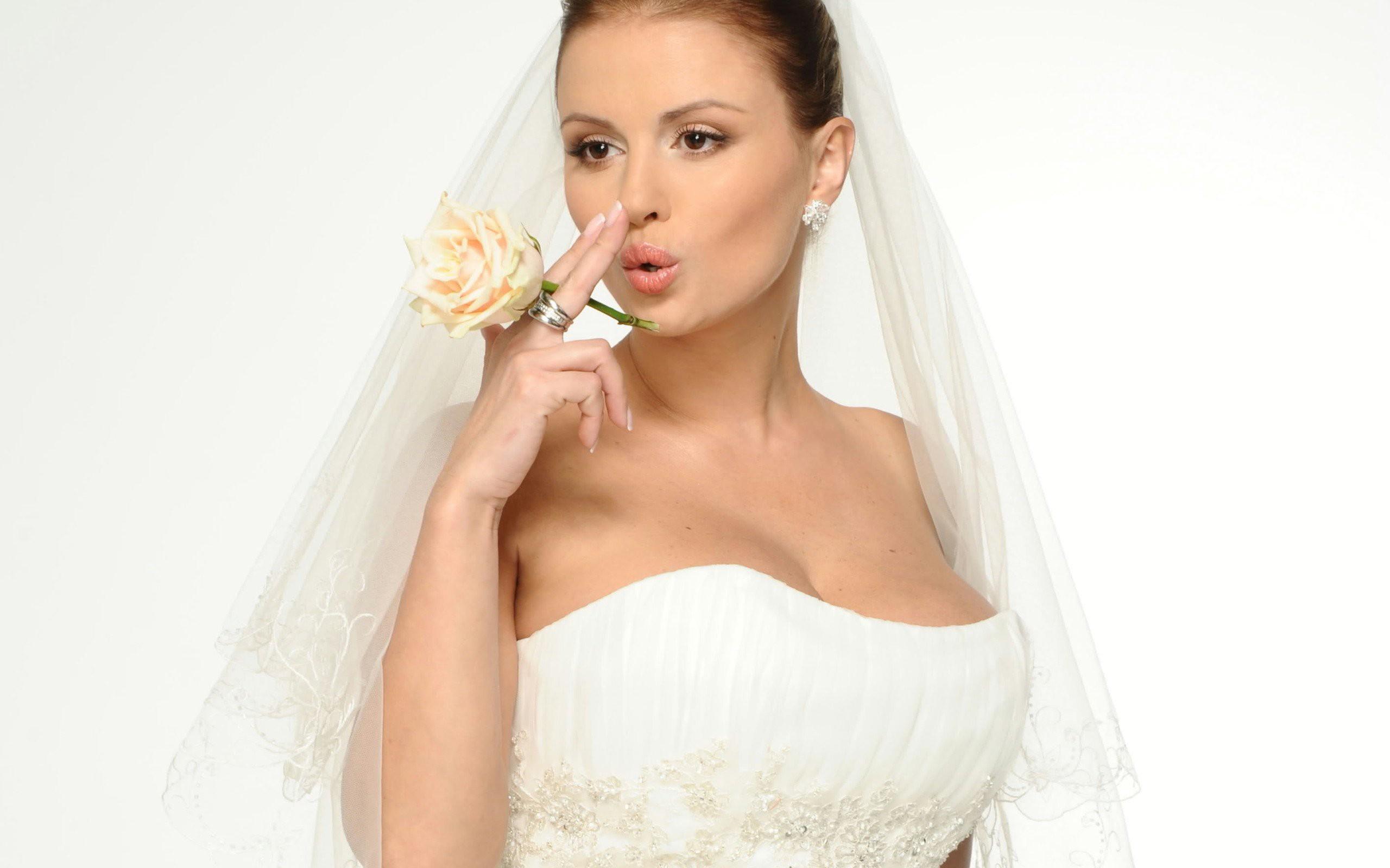 Diseño de vestido de novia - 2560x1600