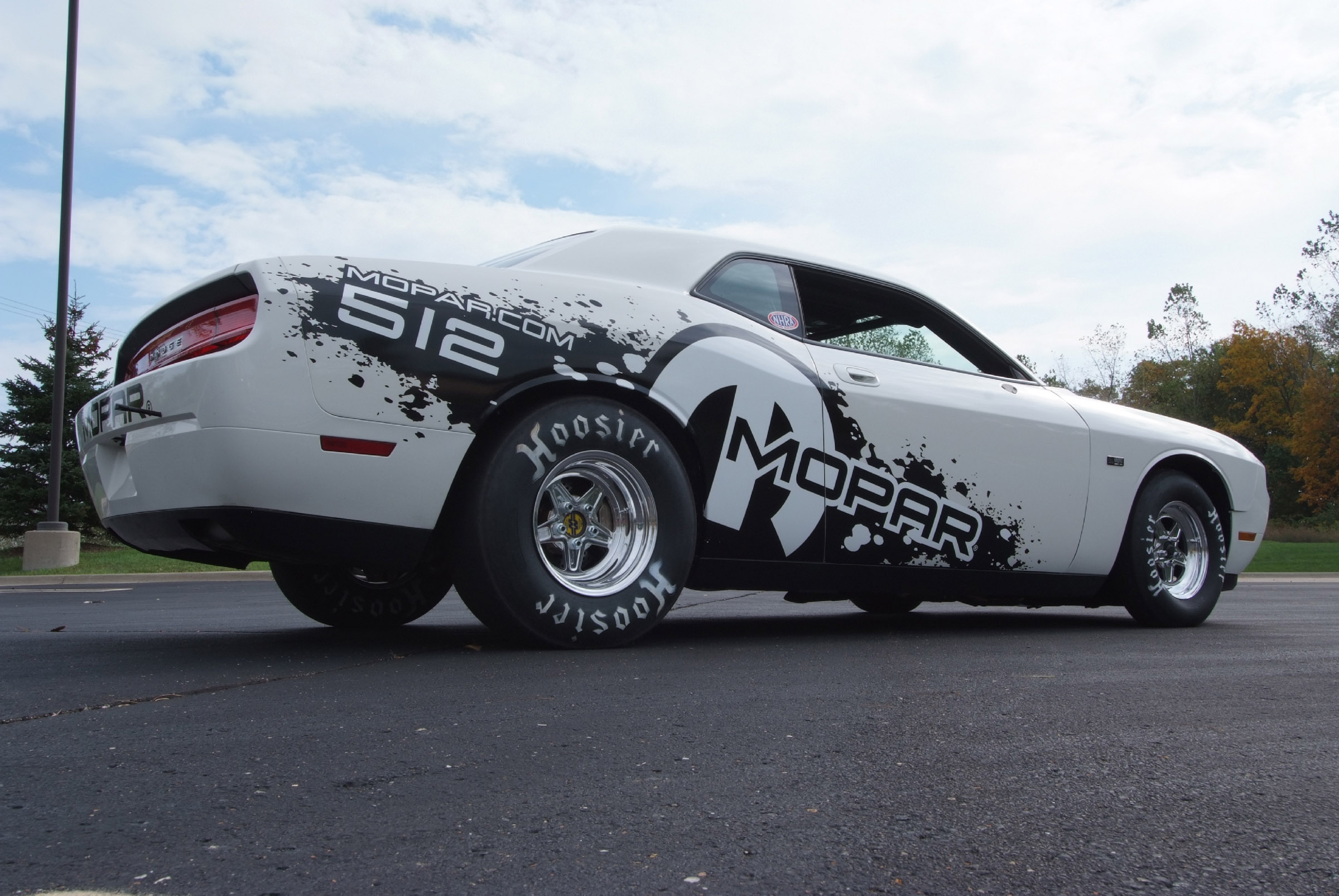 Dodge Challenger - 2400x1606