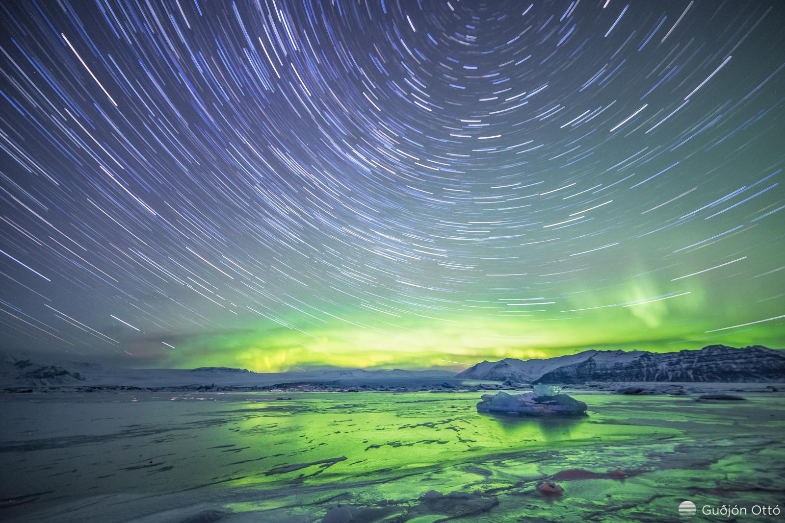Estrellas circulares - 1600x1067