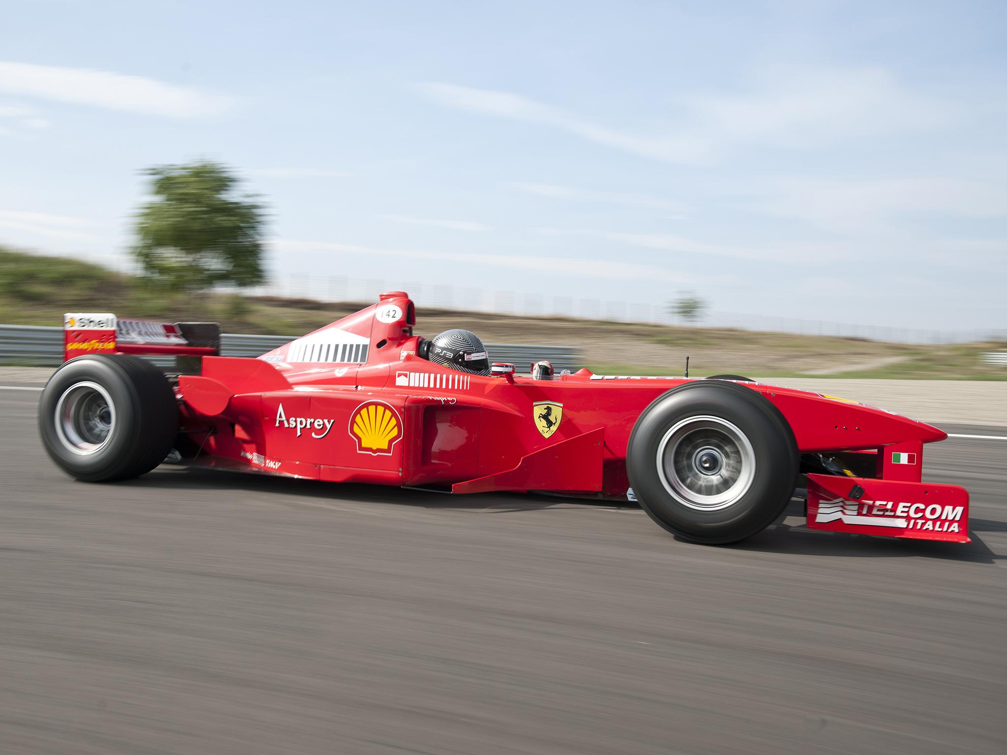 Ferrari F300 Formula 1 - 2048x1536