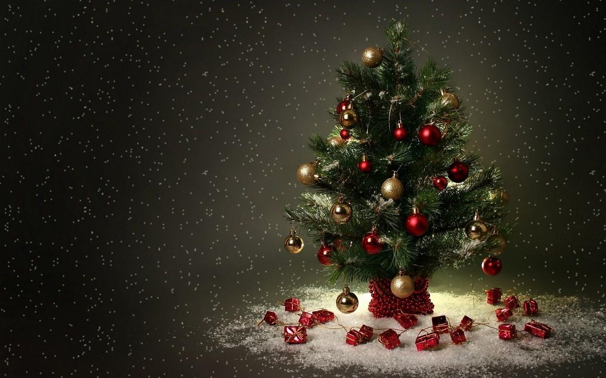 Fondo negro con arbol de navidad - 1229x768