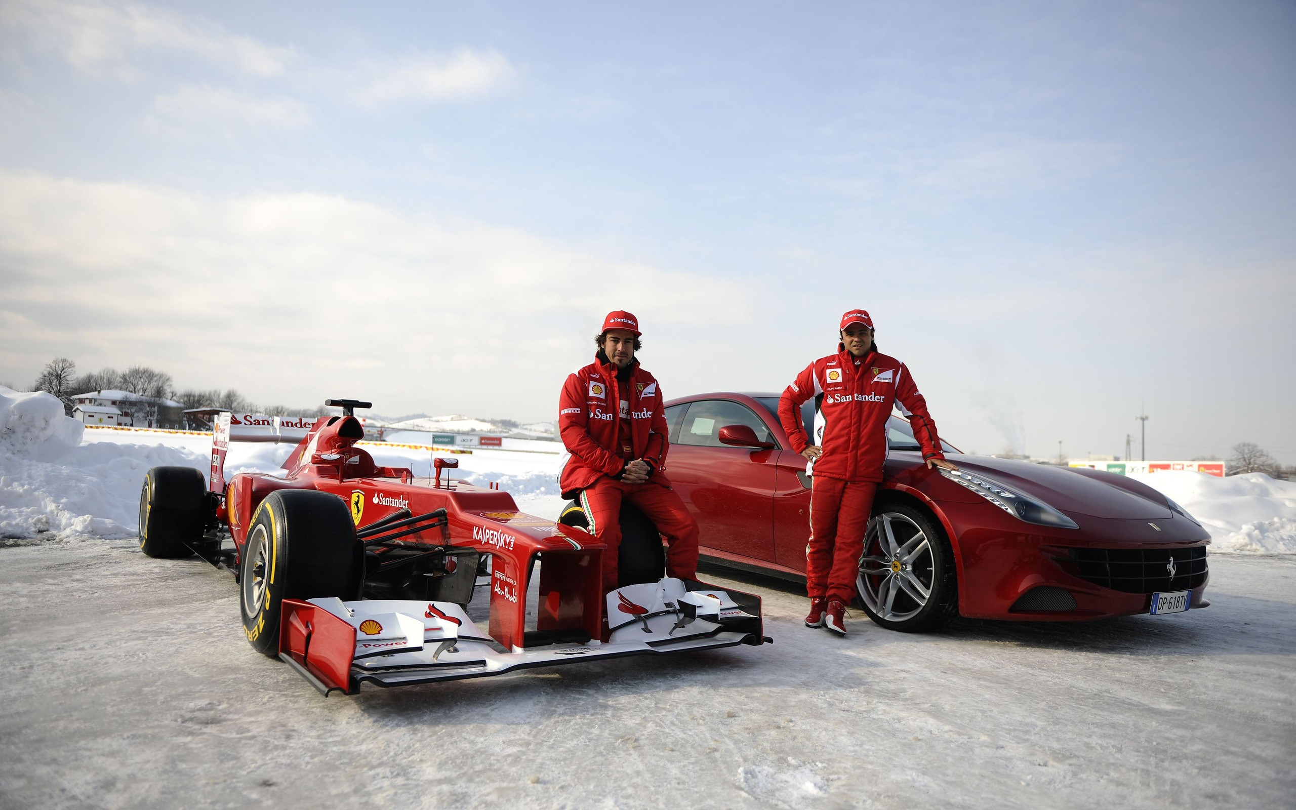 Formula 1 en la nieve - 2560x1600