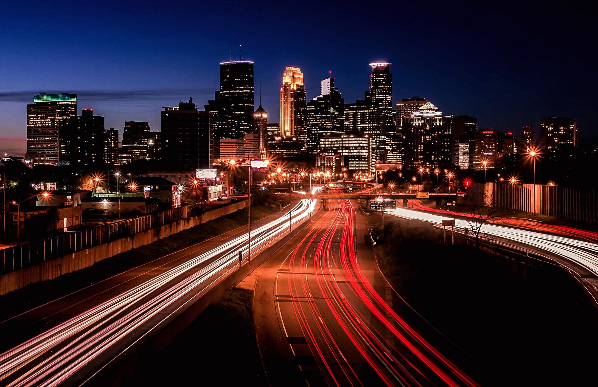 Fotos a pistas de noche - 2048x1327