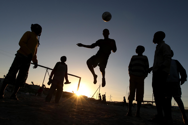 Fútbol en las calles - 3000x2001