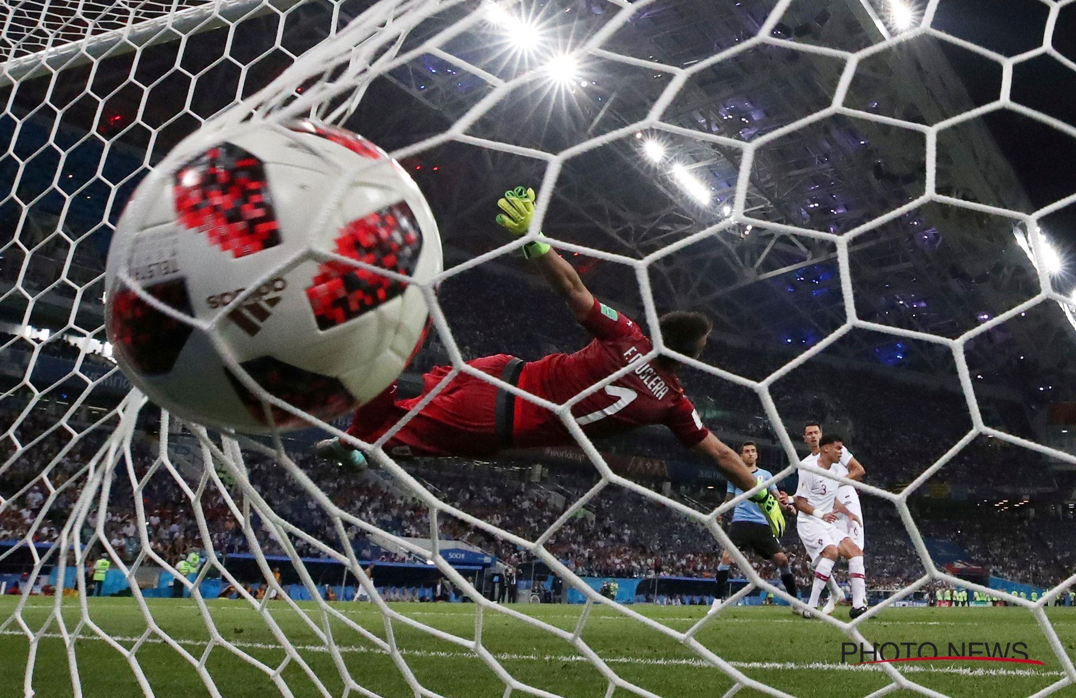 Gol de Uruguay - 2166x1406