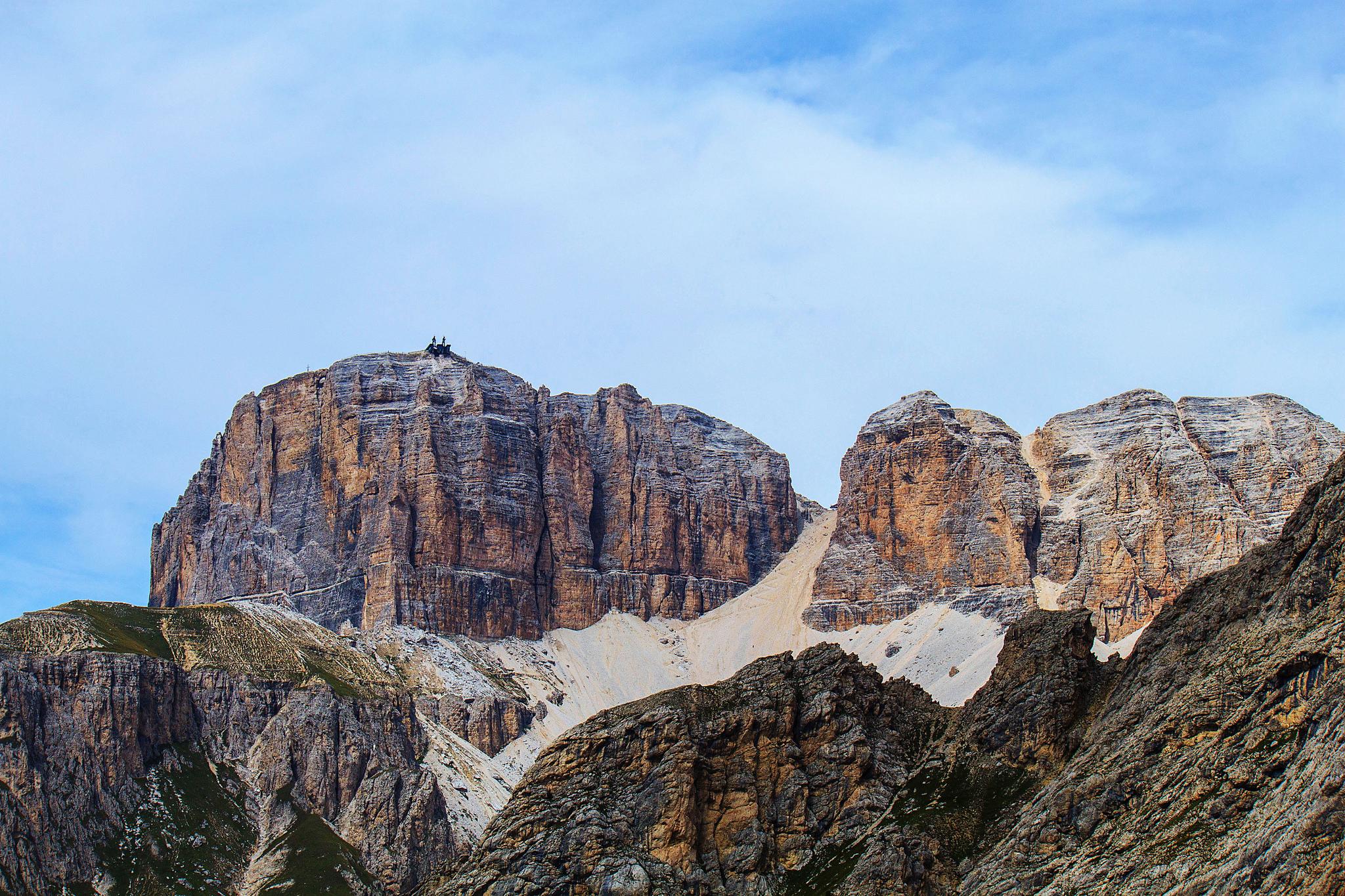 Grandes montañas - 2048x1365