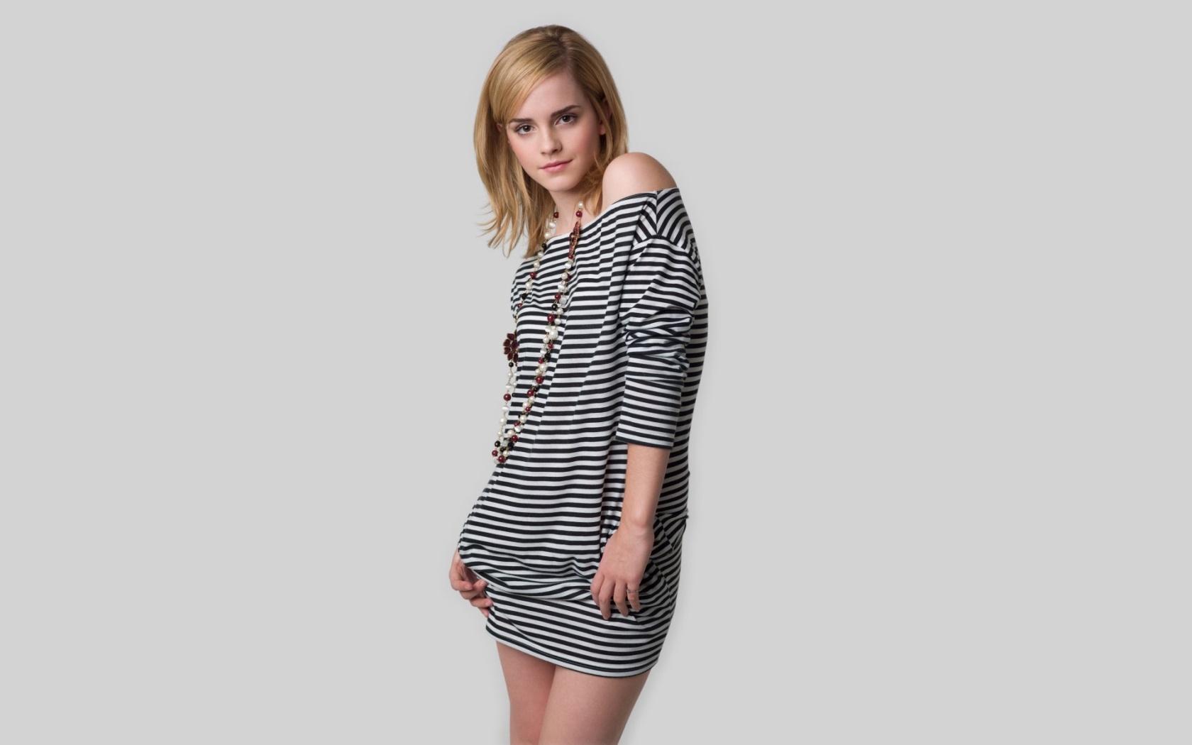 Hermosa Emma Watson - 1680x1050