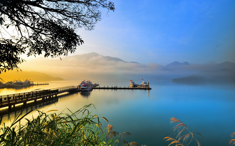 Hermoso lago de colores - 2880x1800