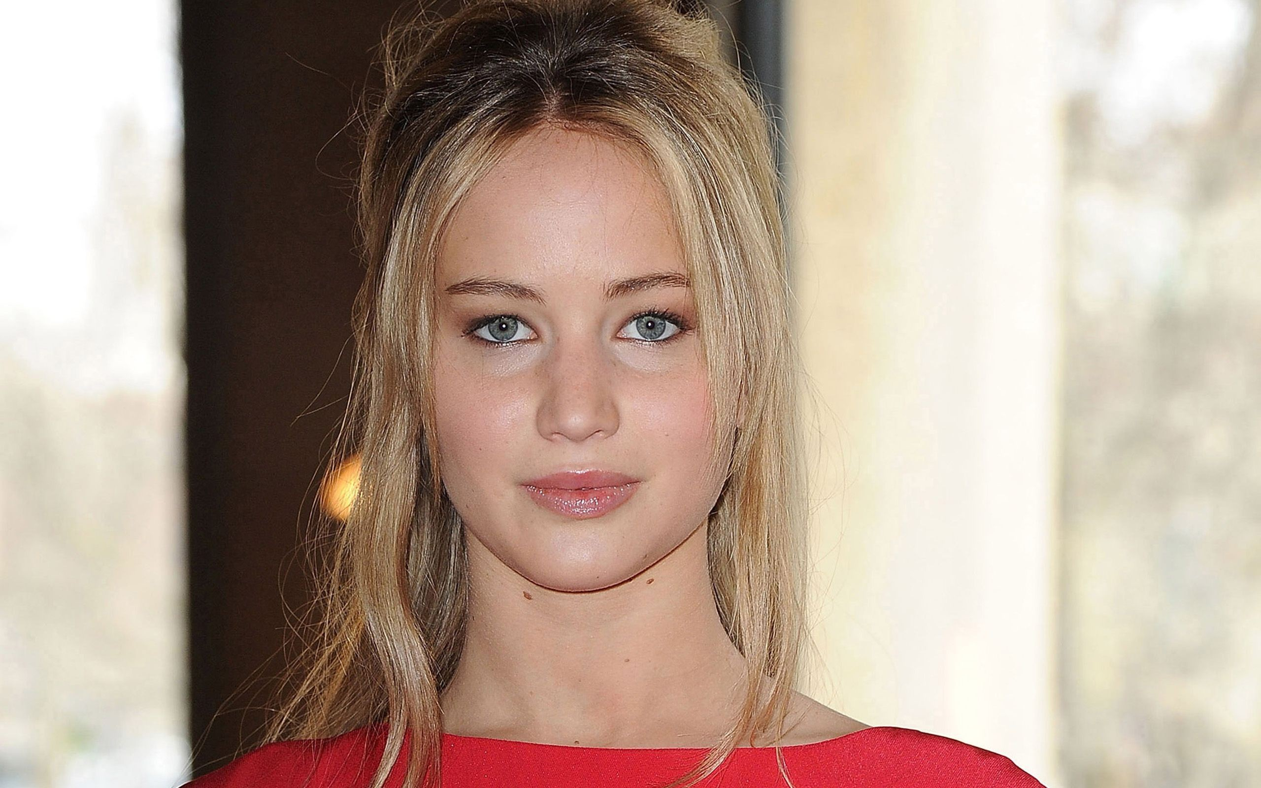 Jennifer Lawrence - 2560x1600