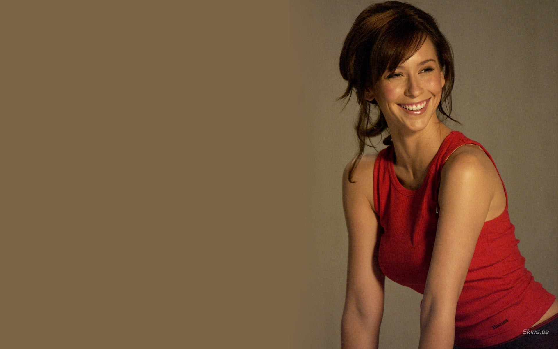 Jennifer Love Hewitt sonriendo - 1920x1200