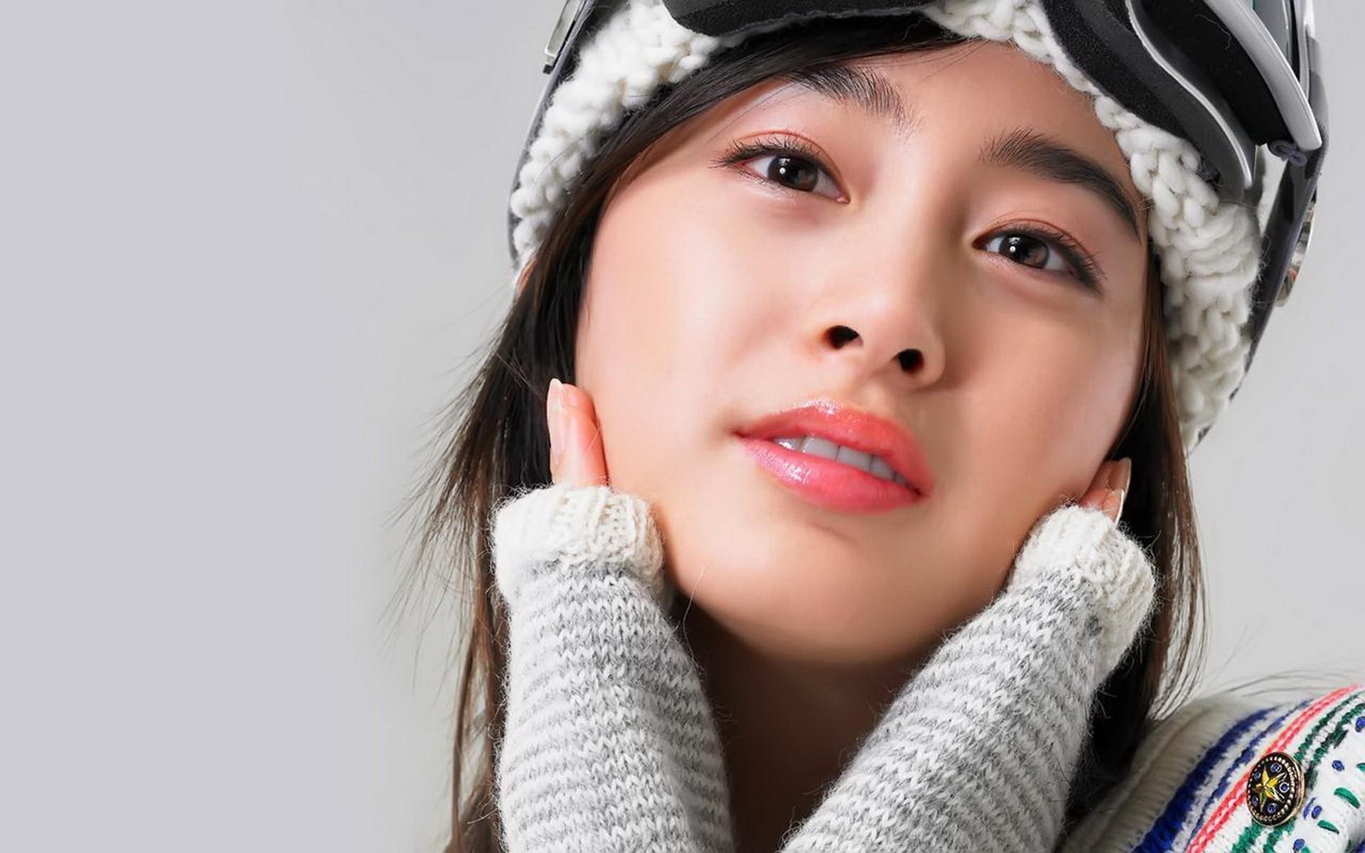Kim Tae Hee - 1920x1200