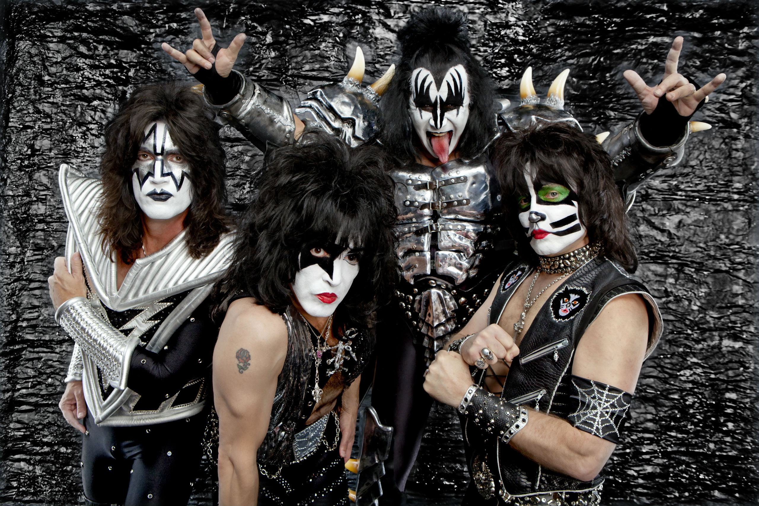Kiss Heavy Metal - 2560x1707