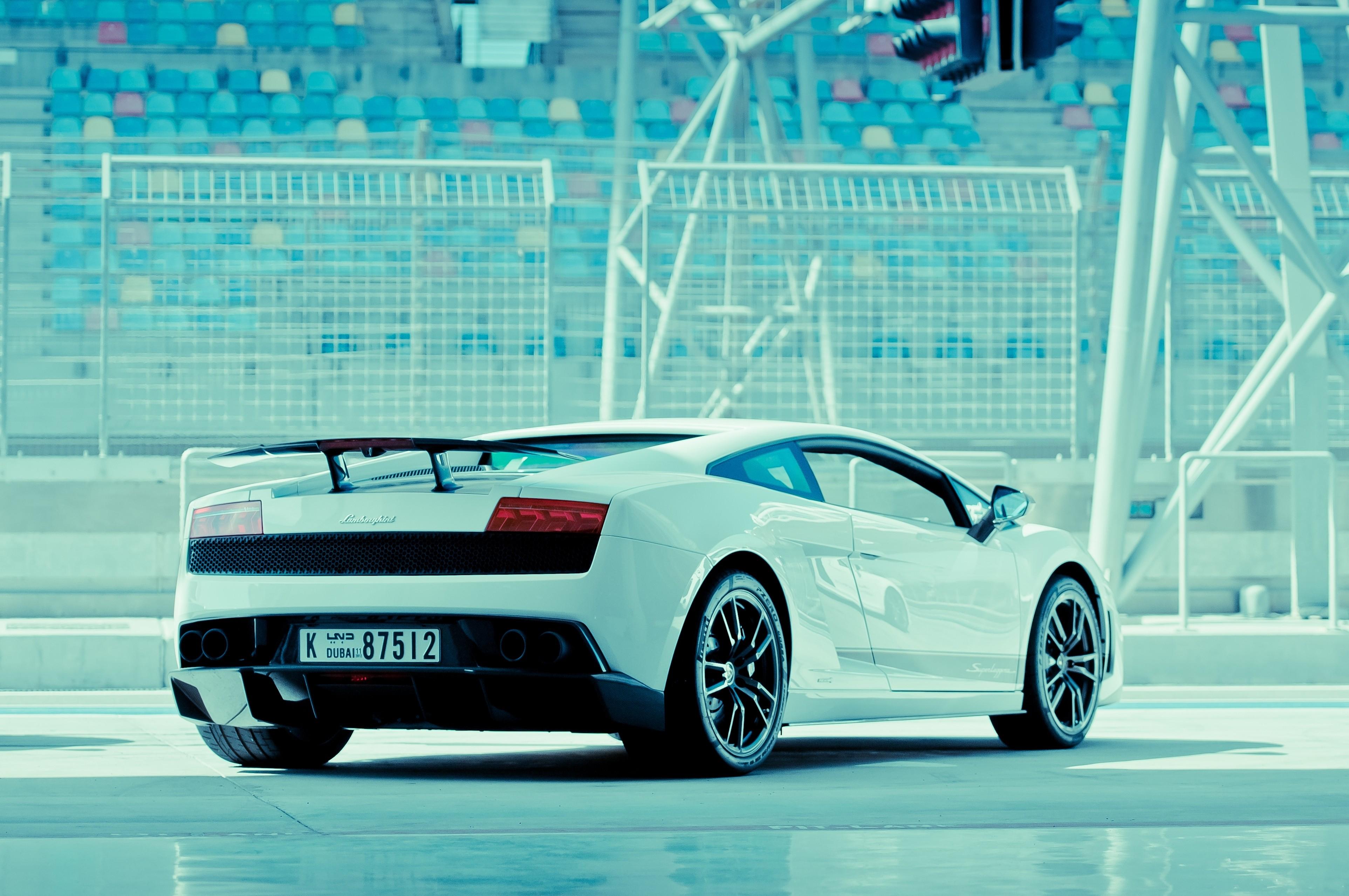 Lamborghini en Dubai - 3850x2557
