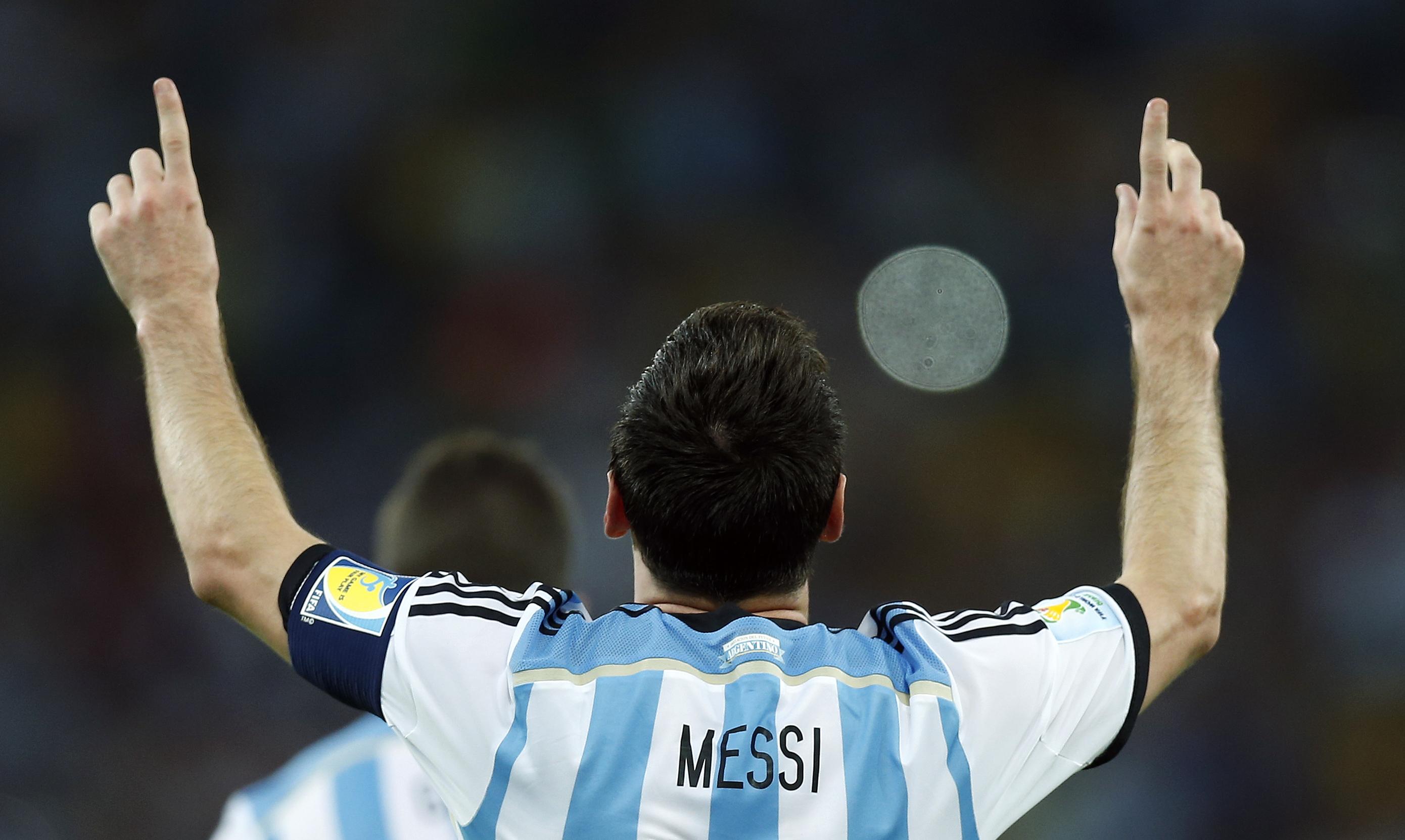 Messi y su camiseta 10 - 2780x1662