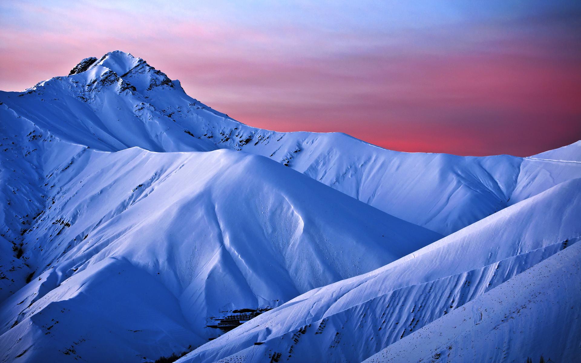 Montañas de nieve - 1920x1200