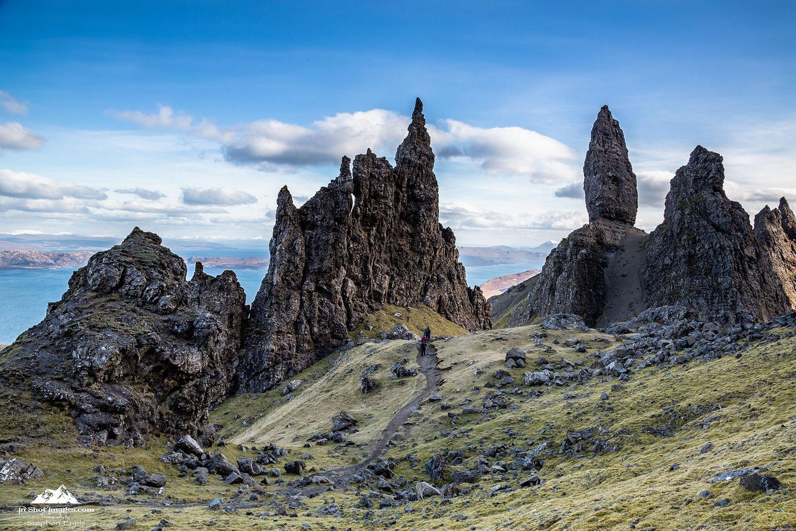 Montañas rocosas - 1600x1067