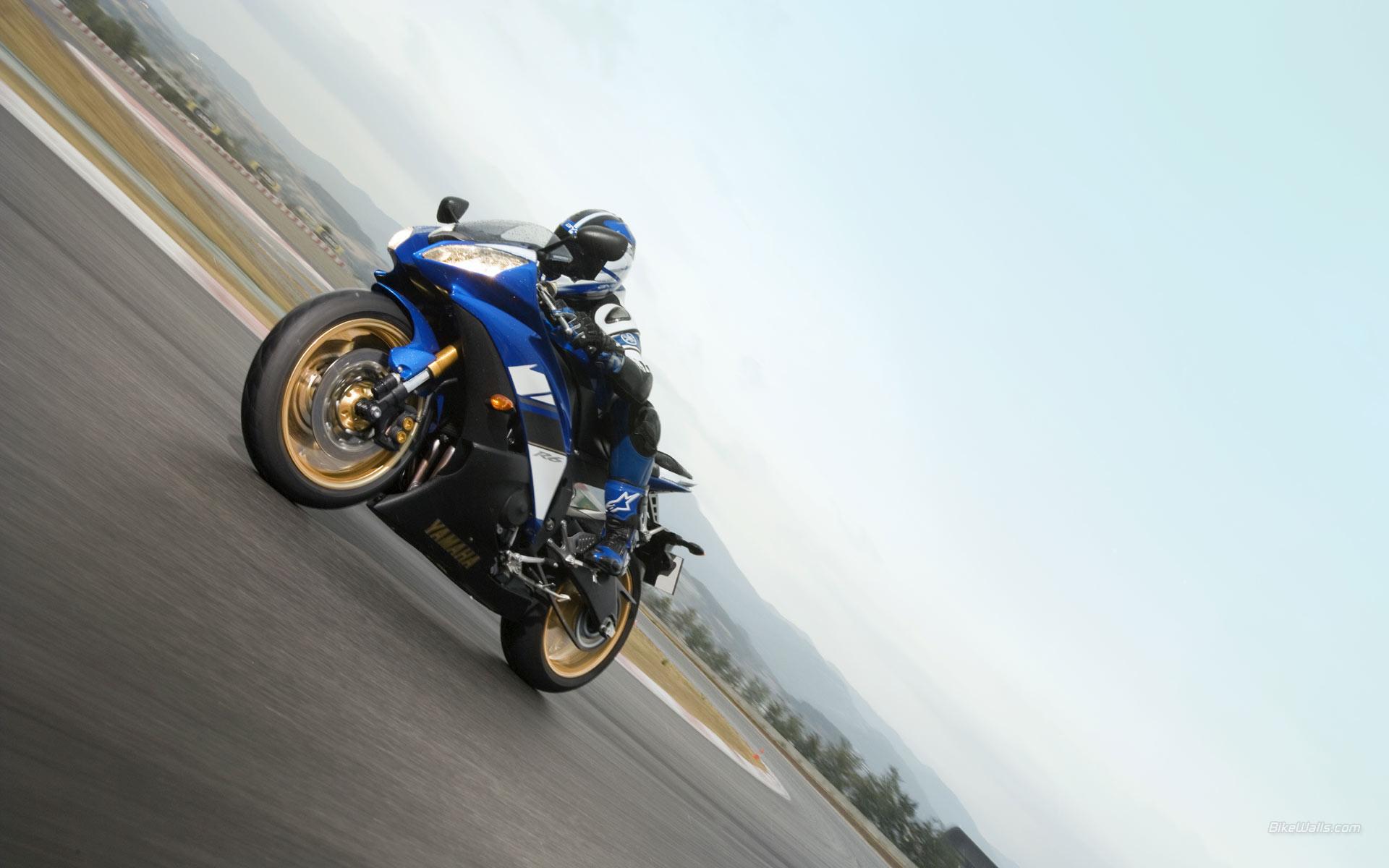 Moto Ninja Yamaha azul - 1920x1200