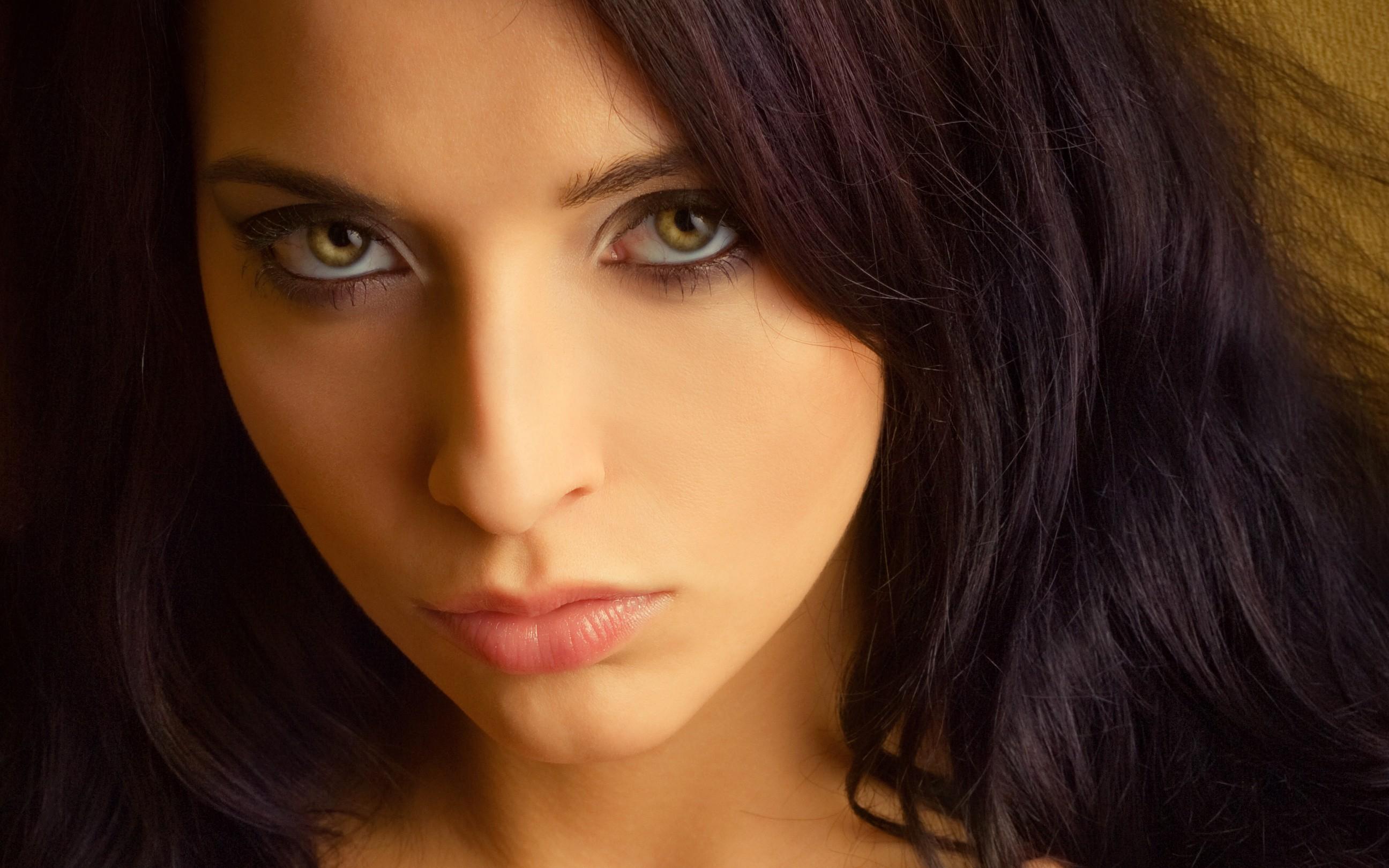 Ojos verdes - 2592x1620