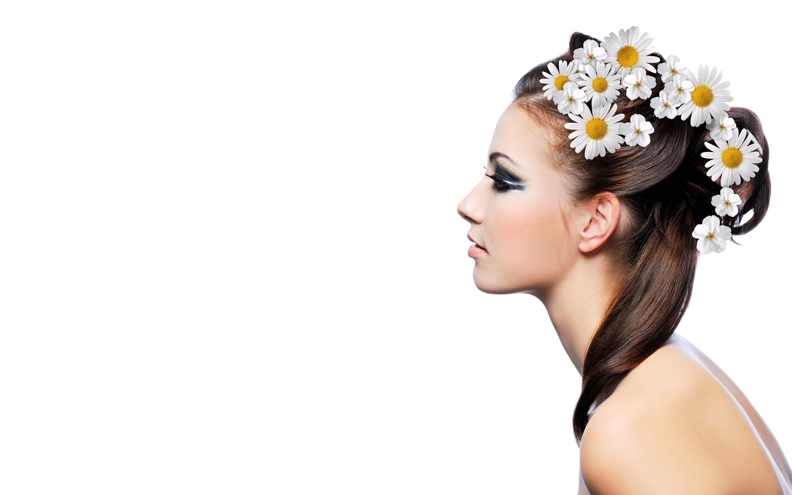 Peinado con flores - 2560x1600