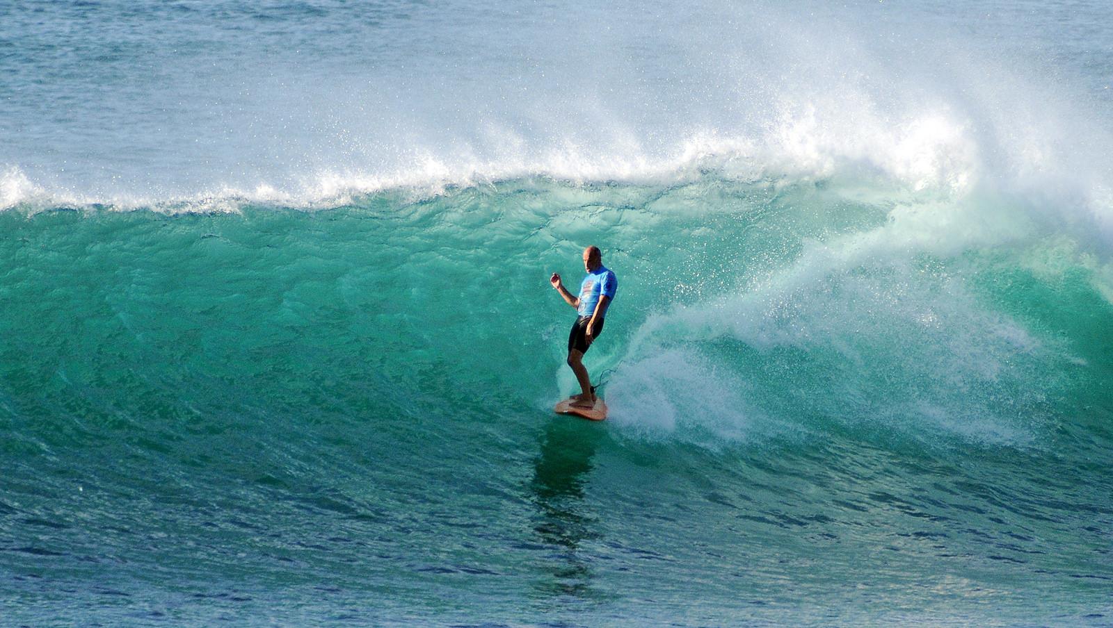 Practicar Surf - 1600x904