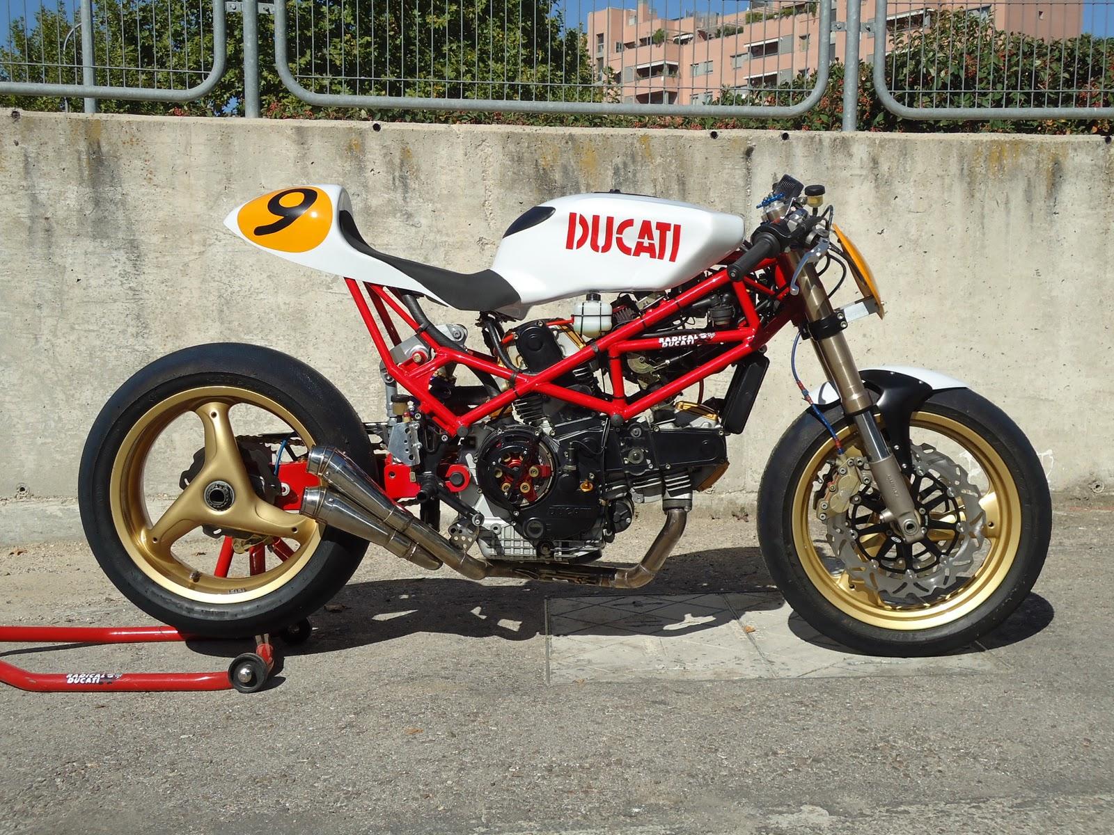 Radical Ducati - 1600x1200