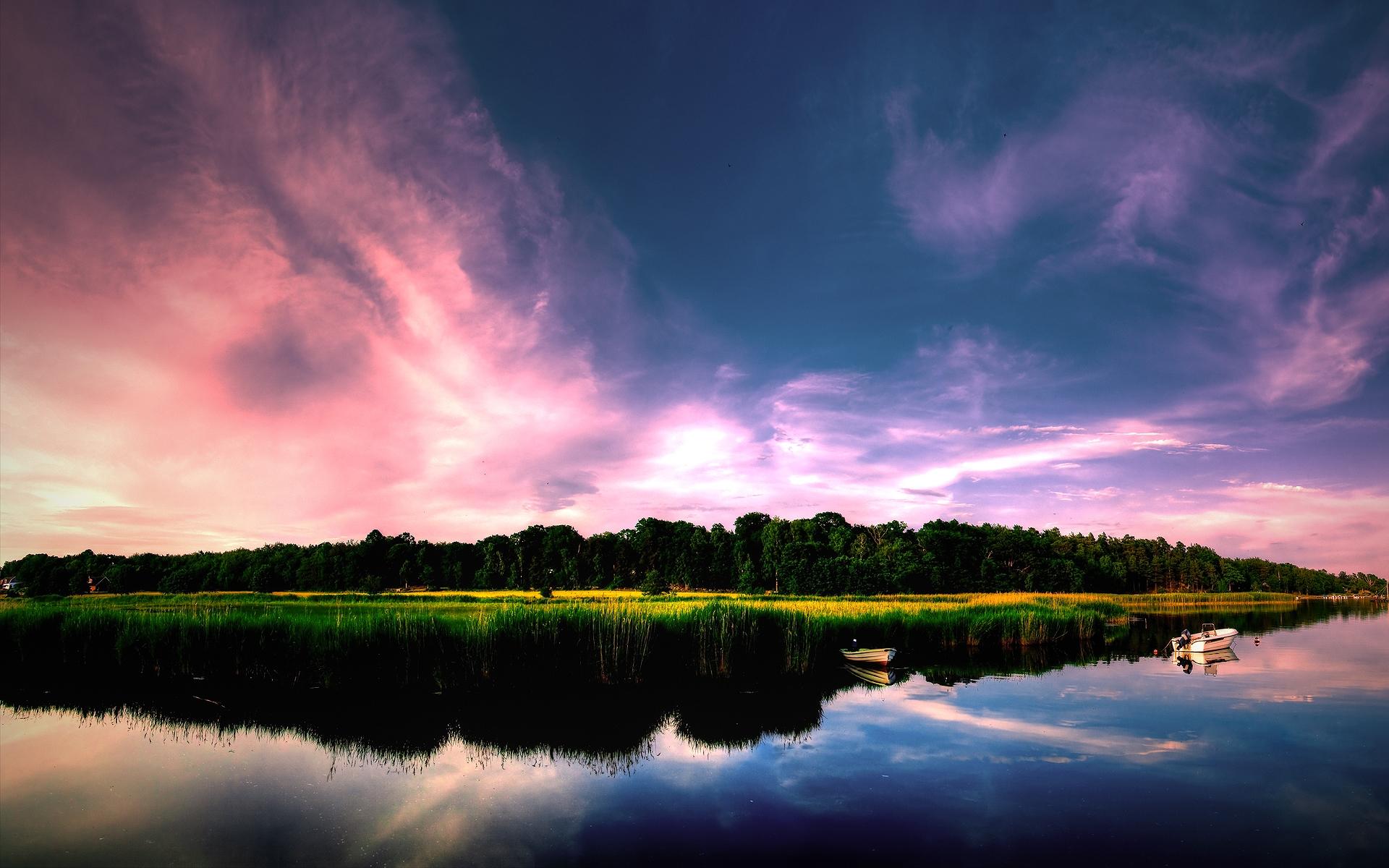 Reflejos en un lago - 1920x1200
