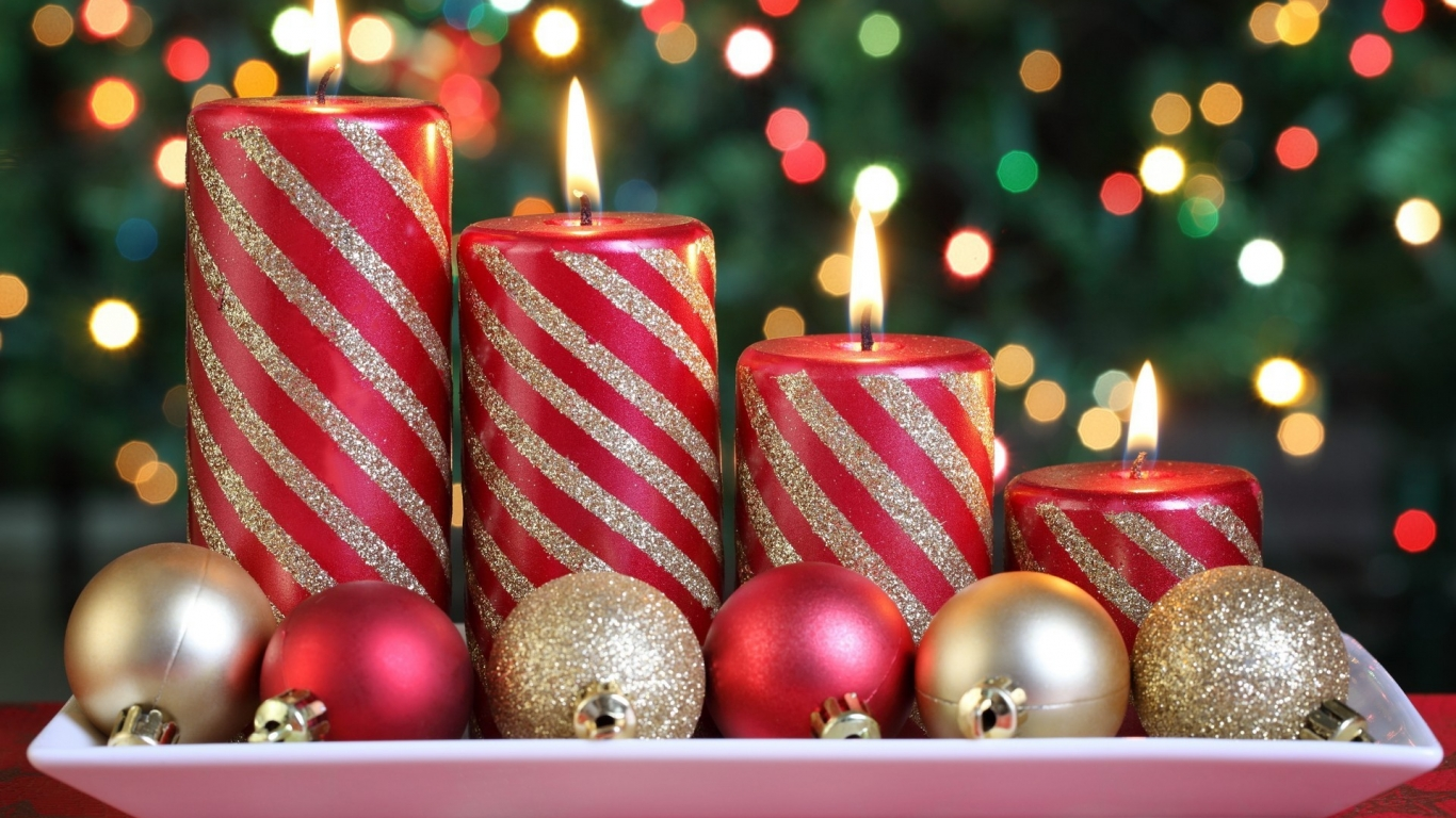 Arreglo de velas x navidad - 1366x768