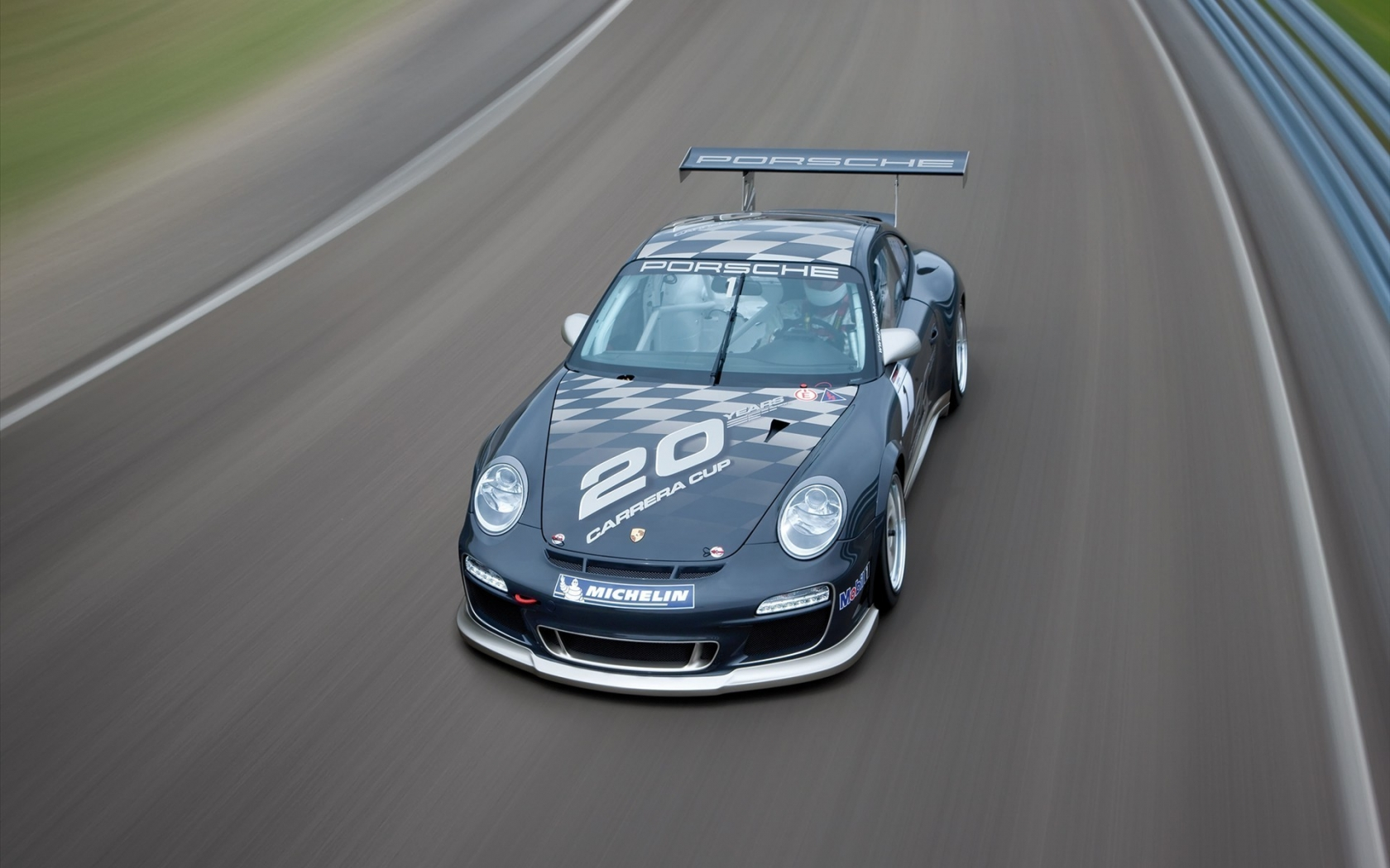 Auto Porsche negro - 1680x1050