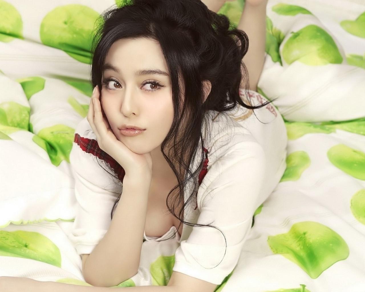 Chicas asiaticas - 1280x1024
