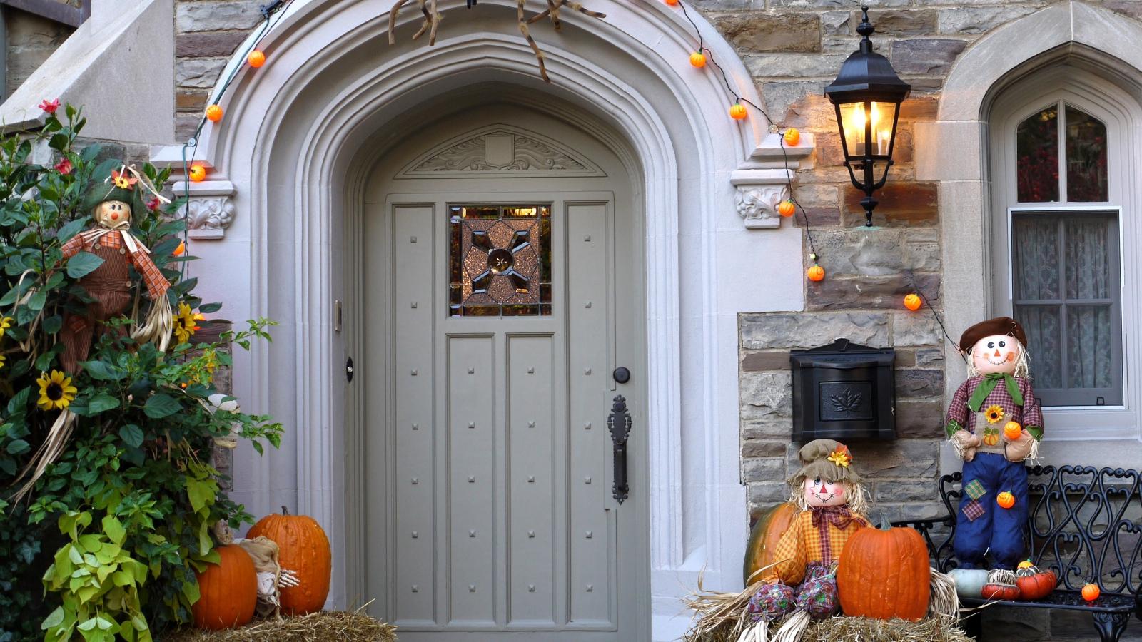 Decoración de casa halloween - 1600x900